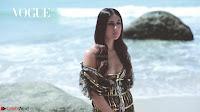 Kareena Kapoor   bollywood Queen   Sizzles  in bikini ~  Exclusive Galleries 017.jpeg