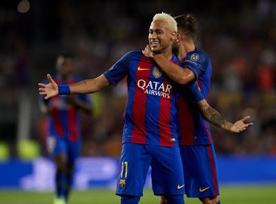 Neymar từ chối 4 ông lớn để ở lại Barcelona