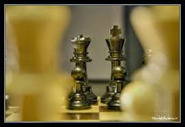 rey y reina de ajedraz