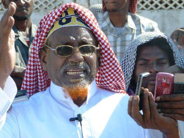 Daawo: Xasan Daahir oo Al-Shabaab ku taageeray dilkii Cabdi Weli Cilmi Yare