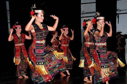 Ini Yang Patut Kamu Ketahui Tentang Tarian Purba Tor-Tor Dari Suku Batak Sumatera Utara