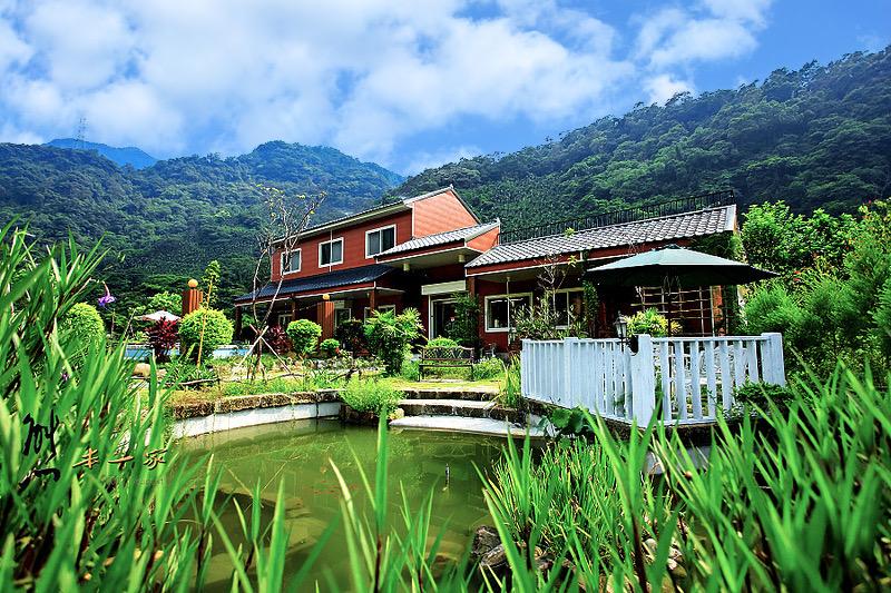 三峽親子景觀餐廳 綠光水岸庭園餐廳~河畔戲水區-下午茶聚會