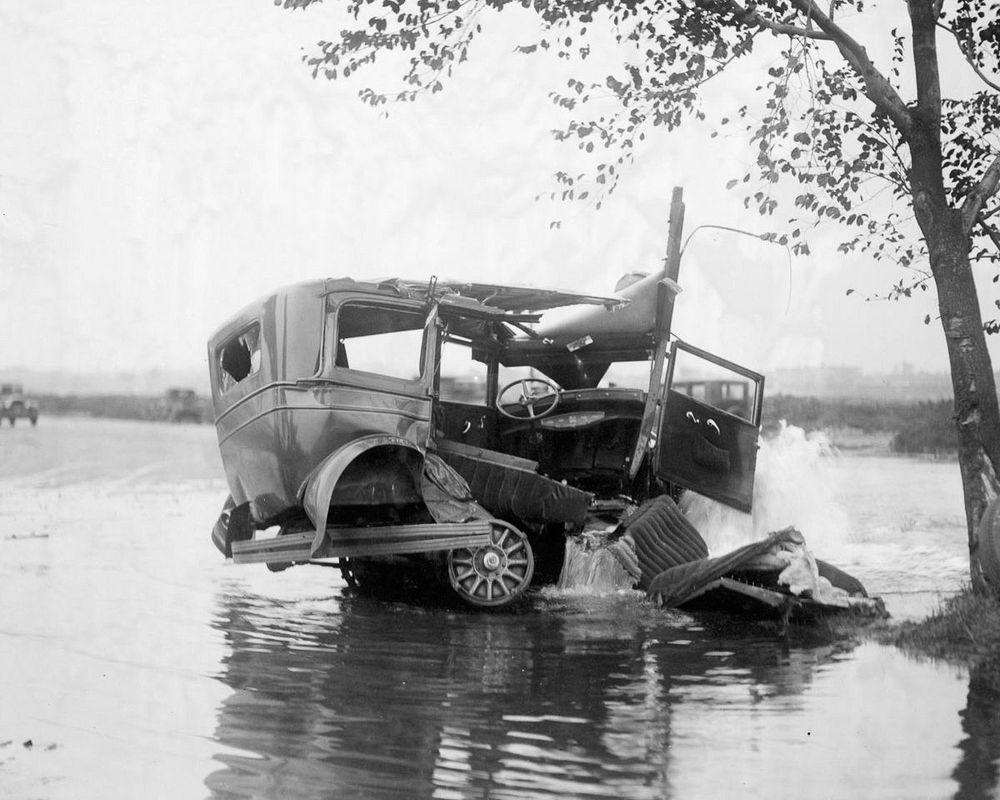 Leslie Jones car accidents