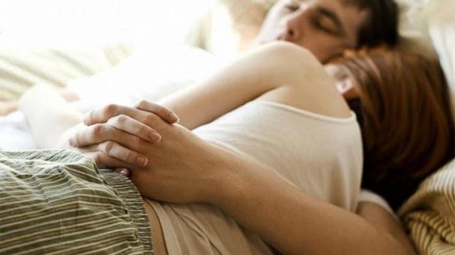 Ketahuilah Bahwa Tidur Cukup Dapat Membuat Perasaan Anda & Pasangan Semakin Bahagia