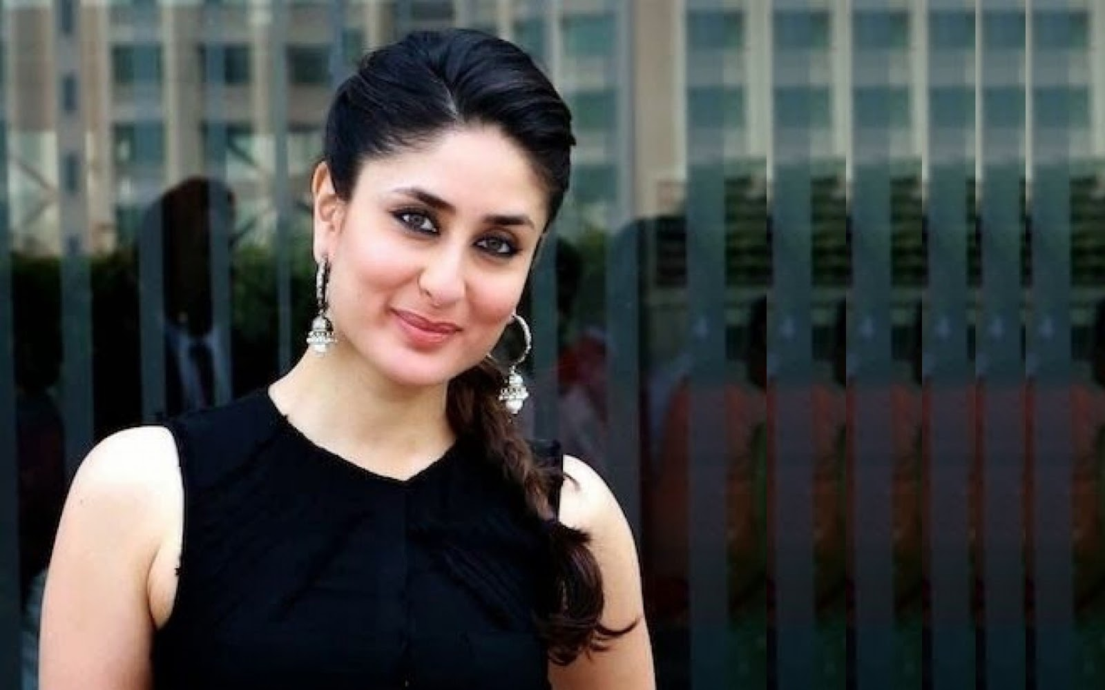 All Hd Wallpapers Kareena Kapoor Beautiful Wallpaper  Hd -6542