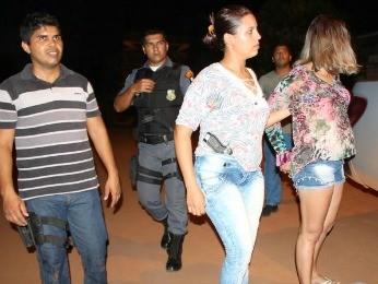 """""""FICOU FAMOSA"""": PM se passa por garota de programa em MT e prende traficante em boate"""