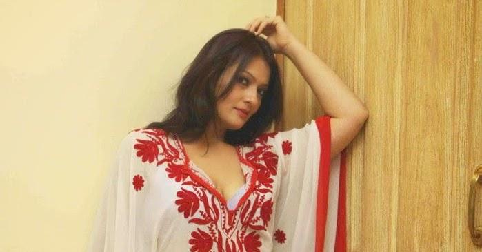Falguni Rajani Hot Transparent Photos