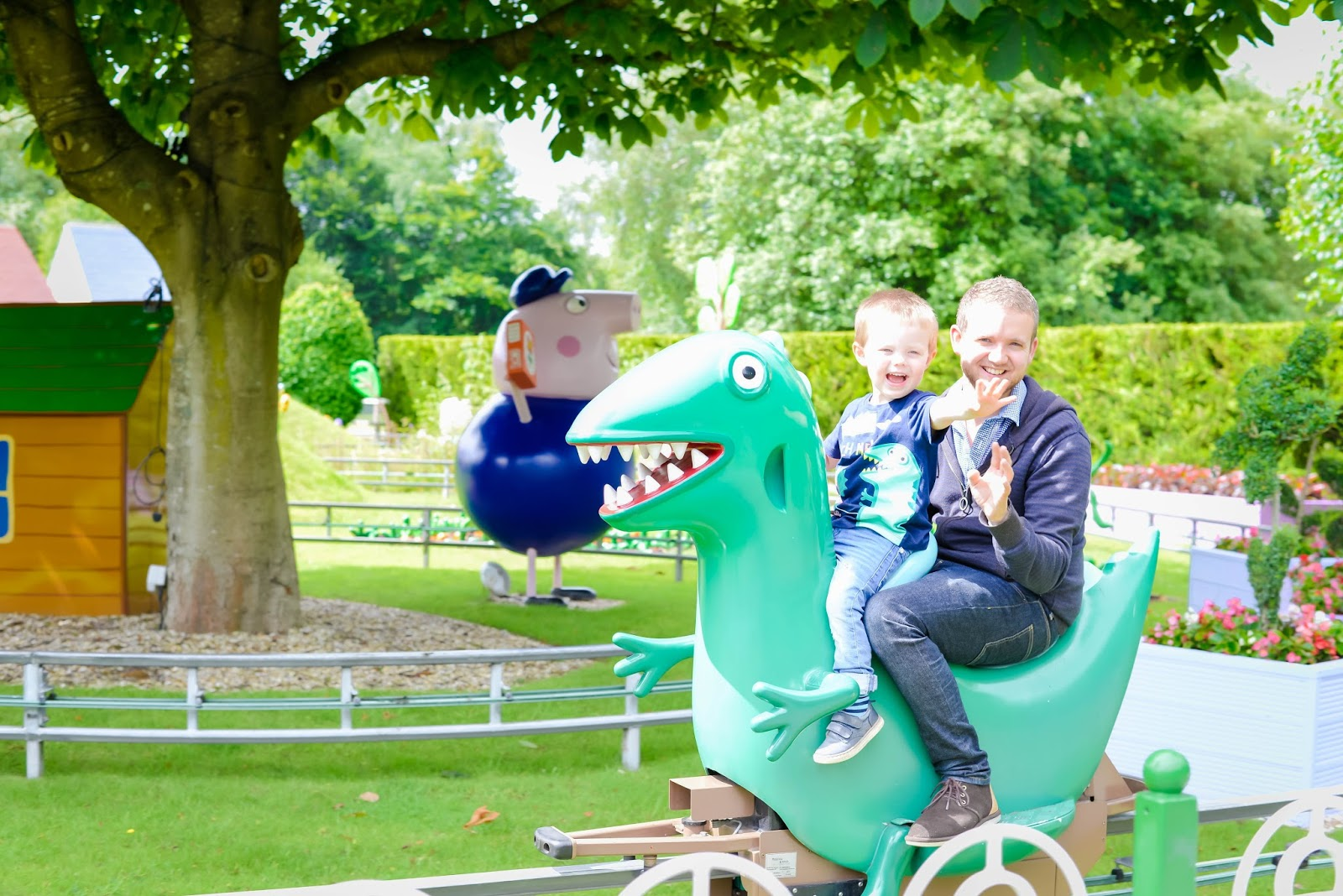peppa pig world, paultons park, peppa pig world review