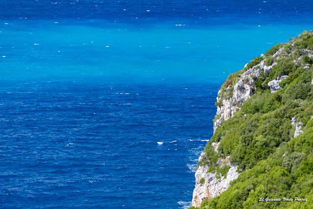 Riviera Albanesa, Mar Jónico - Himara, Albania por El Guisante Verde Project