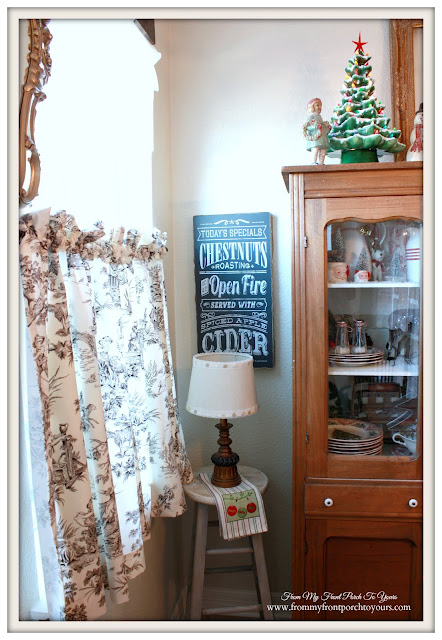 Farmhouse Christmas Kitchen-Breakfast Nook-Chalkboard Artwork Sign-From My Front Porch To Yours