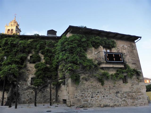 Casa de los Escudos de Ponferrada, Museo de la Radio