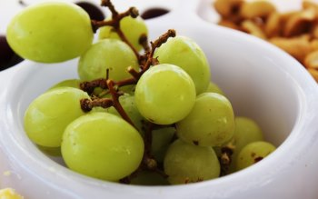 Wallpaper: Green Grapes