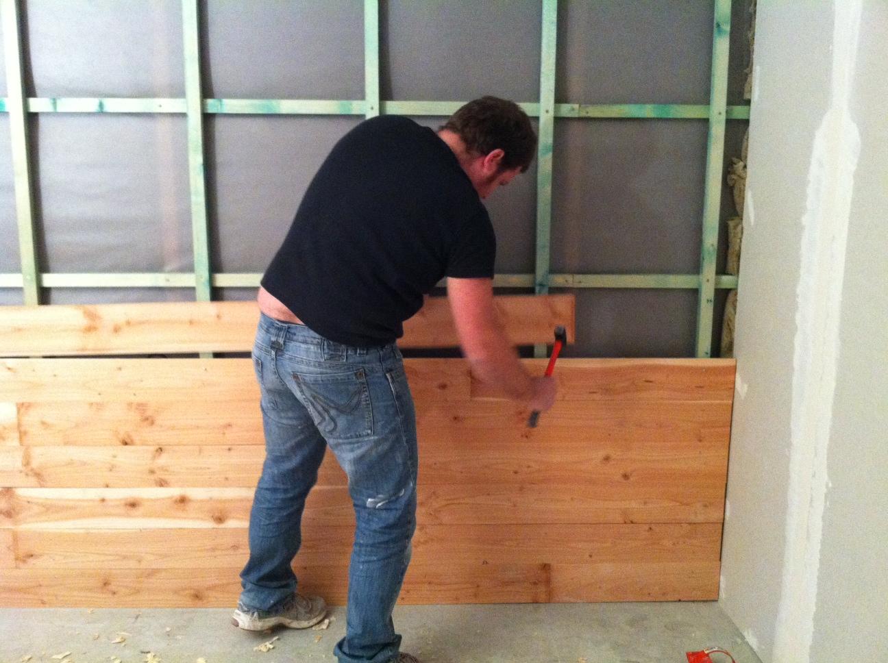 pose lambris bois sur mur sans tasseaux devis estimatif. Black Bedroom Furniture Sets. Home Design Ideas