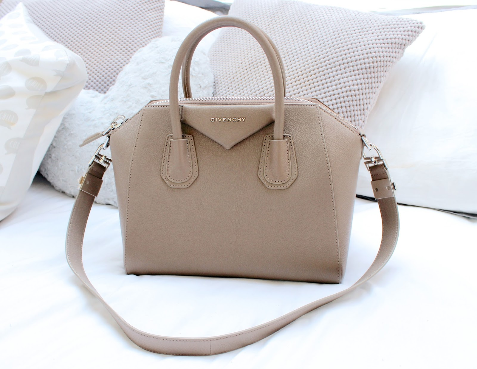 For The Longest Time I Ve Wanted To Treat Myself A Designer Handbag Already Have Louis Vuitton That My Dad Kindly Bought Me As Gift But