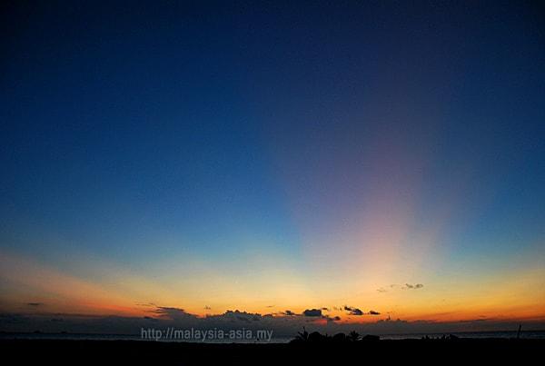 Sunrise Photo Mantanani Island