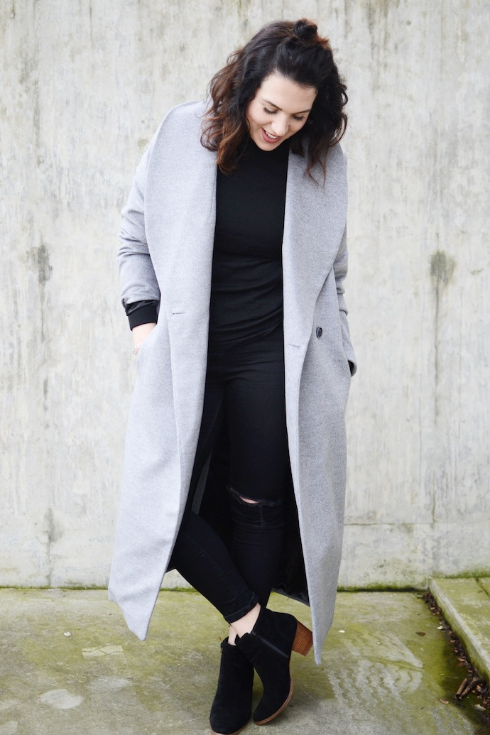 Le Chateau made in Canada wrap coat grey coat cute winter outfit Vancouver blogger Aldo Lillianne boots