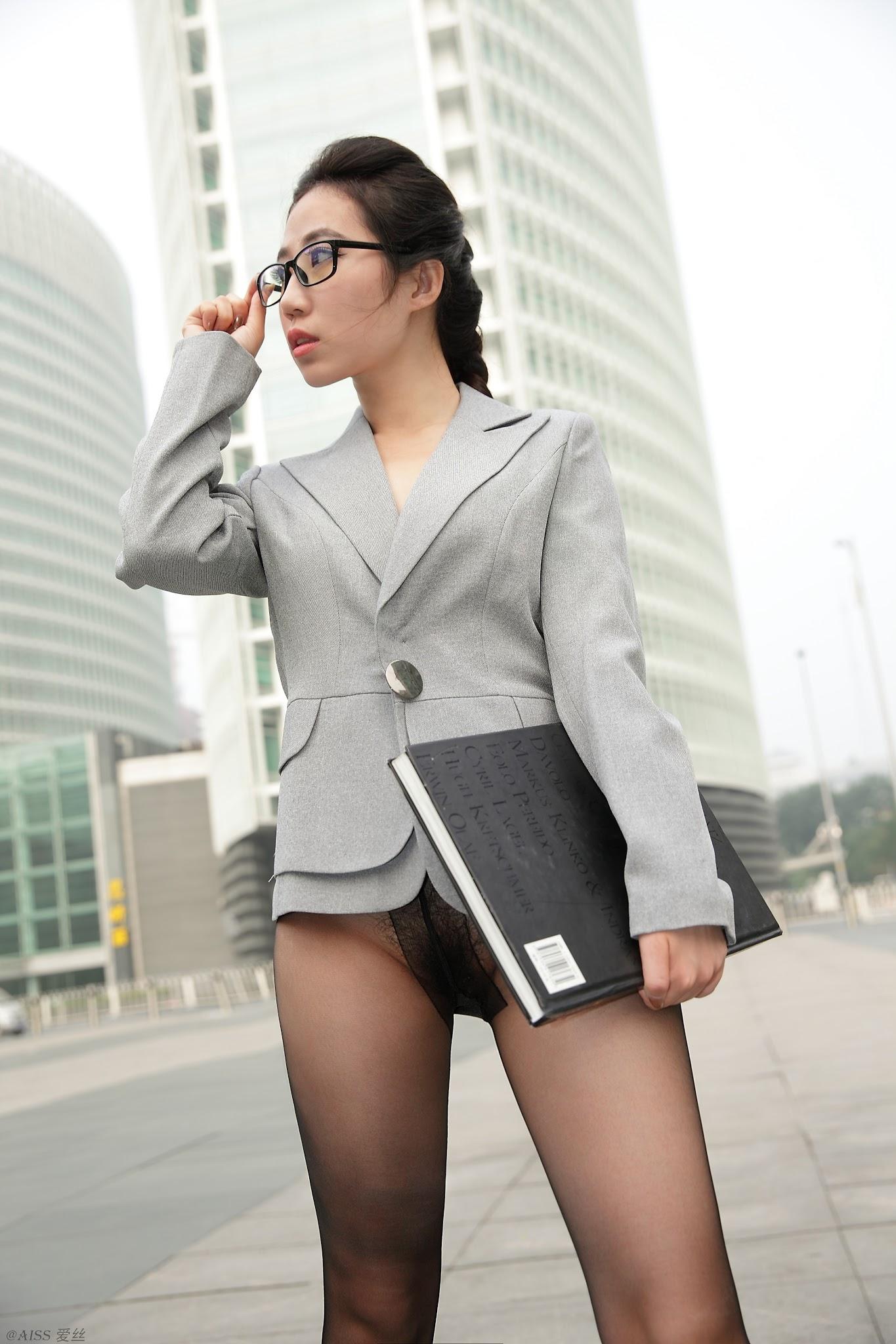 Meisi Office Girl Pussy Seethrough 美丝职员 AISS爱丝 NO.004