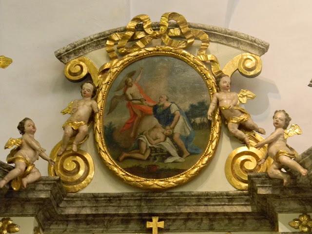 kościół w Sobinie, złocenia, dekoracje