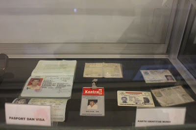 Barang-barang pribadi di Museum Munir.