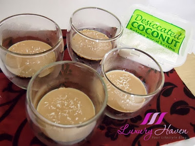 christmas desserts using desiccated coconut