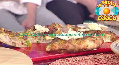 Pizza con piselli guanciale fiori di zucca e pecorino ricetta Bonci da Prova del Cuoco