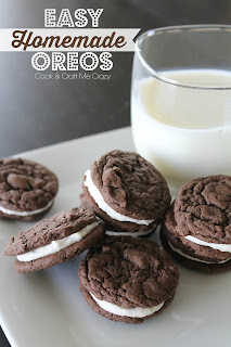 http://cookandcraftmecrazy.blogspot.com/2015/06/homemade-cake-mix-cookie-oreos.html