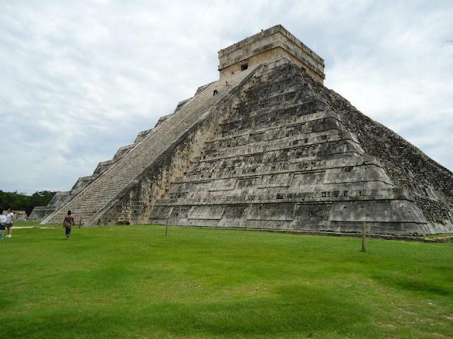 Pirámide de Kukulkán, Chichen Itzá