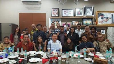 Politisi Golkar Bongkar Bisnis Para Buzzer Ahok, Triliunan Rupiah!