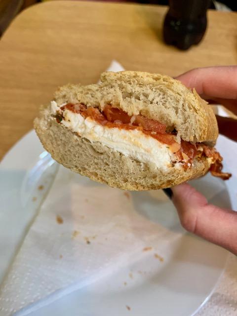 Tonton Garby sandwich