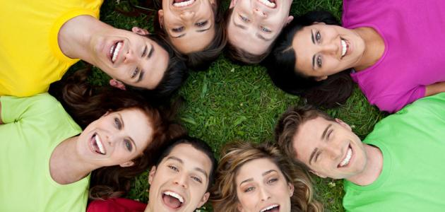 """دراسات مهمة تؤكد بأن """"الضحك يخفف الألم"""""""