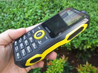 hape antik Asiafone AF7B baterai 5000mAh senter terang