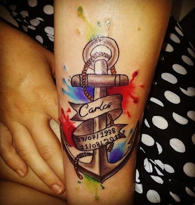 Ancla acuarela tattoo