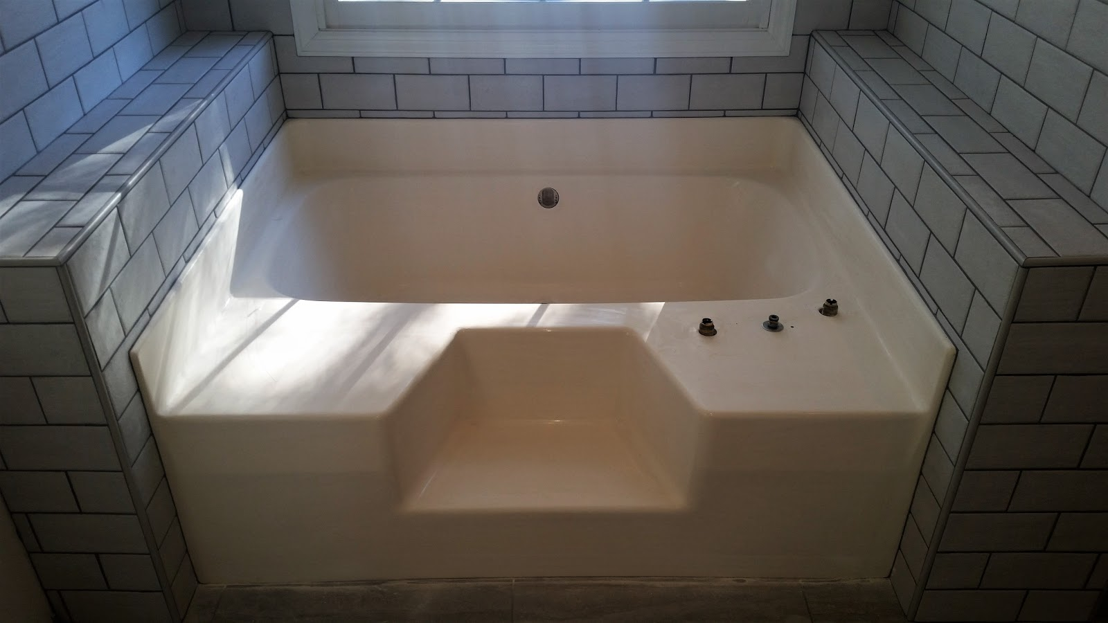 Bathtub Repair Services in Knoxville