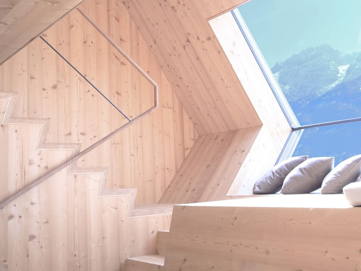 08-Stairs-to-the-Bedrooms-Architecture-with-the-Ufogel-Tiny-House-www-designstack-co