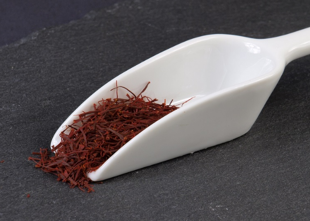 Saffron/Kesar/Zafaran Spice Benefits for Health, Hair, Skin