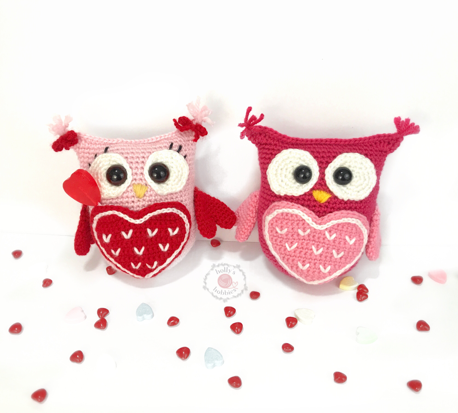 http://www.hollyshobbiescrafts.com/apps/blog/show/45228168-owl-always-love-you-valentine-caddy-pattern