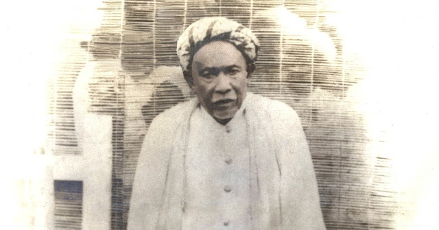 atau nama lahirnya hanyalah Abdurrahman Wisata Religi Syekh Abdurrahman Siddiq Di Indragiri Hilir