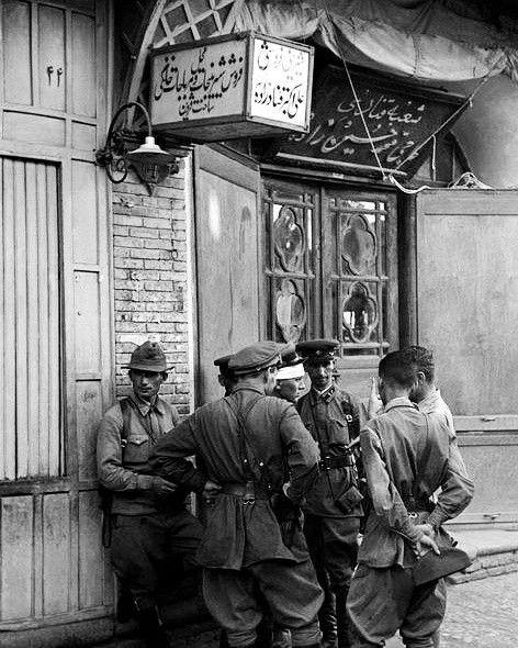 Soviet troops in Iran, 25 August 1941 worldwartwo.filminspector.com