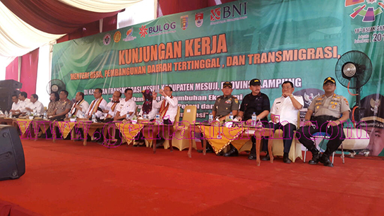 Ribuan Masyarakat Mesuji Kecewa, Tiga Menteri Batal Datang