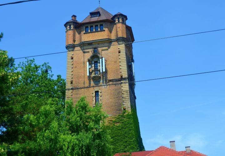 Turnul de apa, Piata Pompierilor Arad