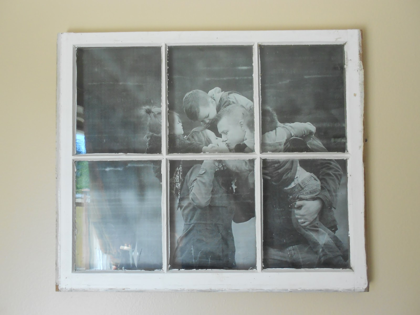 Junkin' Crafts: Old Window Turned Picture Frame