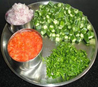 chopped bhindi, tomato, onions