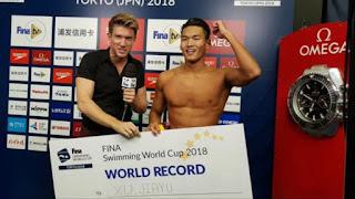 NATACIÓN - El nuevo récord del mundo en 100m espalda de piscina corta lo ostenta Jiayu Xu