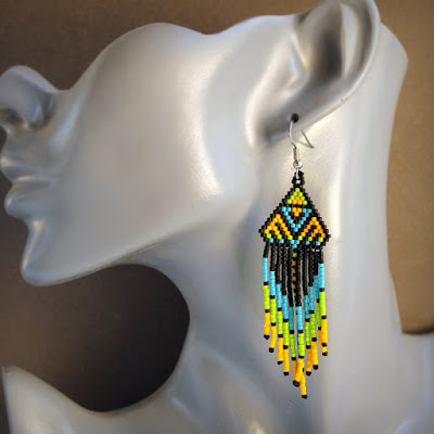 необычные серьги купить этнические серьги купить авторское украшение из бисера