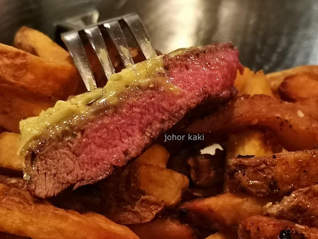 Quinn's Steakhouse & Irish Bar. Summerlicious in Toronto