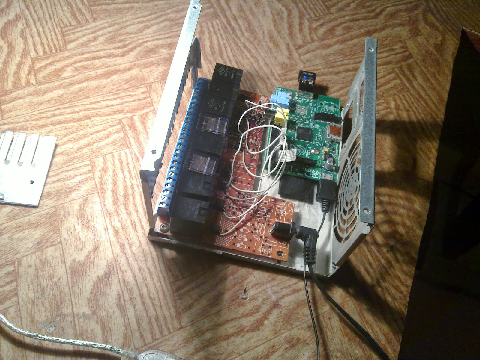 Do It Yourself: Home automation system based on Raspberry pi