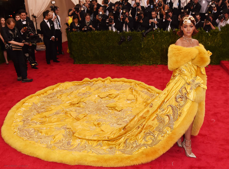 MET GALA, METROPOLITAN MUSEUM OF ARTS, JLO, KIM KARDASHIAN, KIM K, KATY PERRY, RUNWAY, BEST DRESSED, RED CARPET, DRESSES, FASHION, STYLE BEST DRESSED, CELEBRITIES, CELEB LOOK, RIHANNA, BEYONCE, SJP
