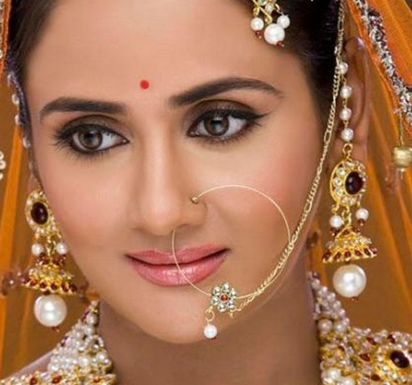 She Fashion Club Indian Bridal Nose Piercing