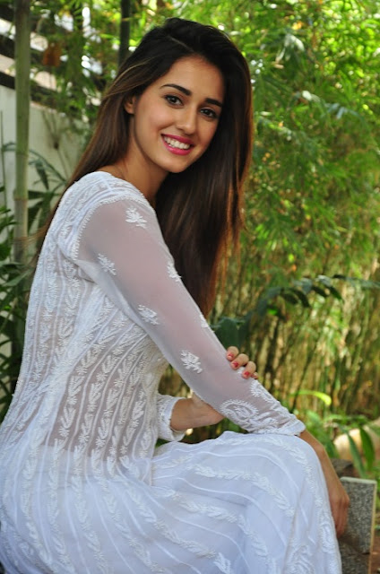 Top Most Beautiful Actress Disha Patani hd wallpapers