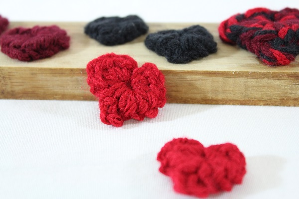 free crochet pattern, confetti, hearts, worsted, tutorial, Valentine